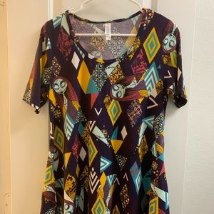 LulaRoe Perfect Tee NBC